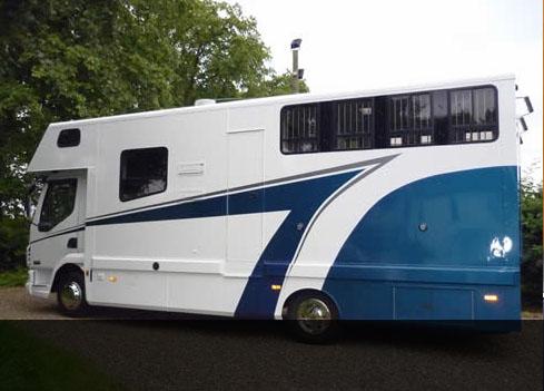 Luxury-Horseboxes-1
